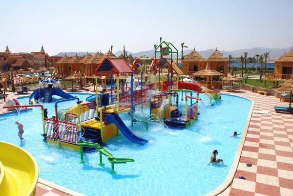 Отель Бора Бора Шарм-эль-Шейх - отличный гостиничный комплекс, который находится в самом центре курортной зоны Шарм-эль-Шейха