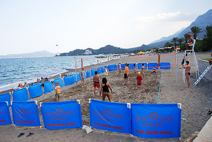 Пляж отеля Квинс Парк Кемер Гейнюк