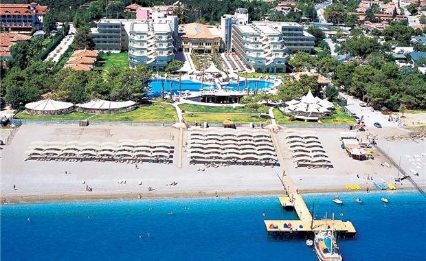 пляж отеля Квинс Парк Текирова Кемер
