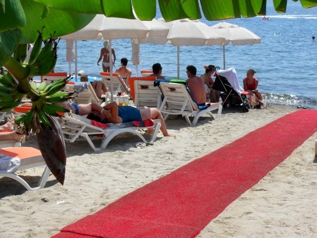 Курорты Турции на Эгейском море с песчаным пляжем